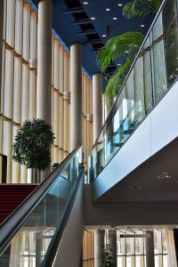 Стъклени стълбища