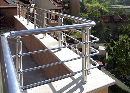 Тераса с алуминиев парапет